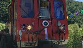 21 maggio - il trenino della ferrovia Genova Casella il giorno del viaggio inaugurale